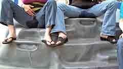 Mela wets her jeans