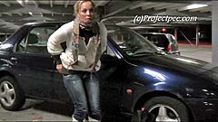 Yassie desperate to pee at car park